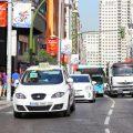 Madrid revisará la ordenanza del taxi que niega la licencia a personas con VIH