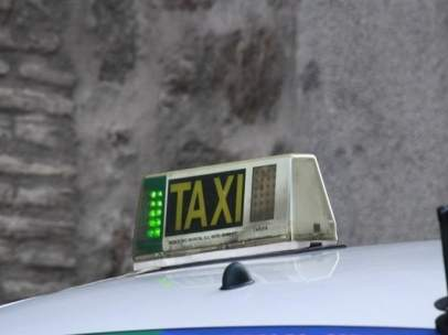 El ayuntamiento de m laga y asociaciones del taxi acuerdan no incrementar las tarifas en 2018 - Oficina municipal del taxi ...