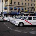 Los taxistas madrileños presentan en Fitur las novedades del Tele-Taxi
