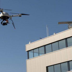 Drones-aeropuertos-peligrosa-combinacion-varios_1078402340_10300624_1020x574