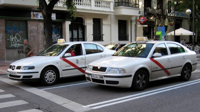 Madrid_taxis-678x381 (1)