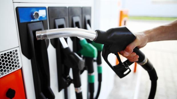 gasolina-en-diesel-coche-kHAE--620x349@abc