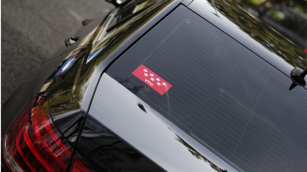 100616_coche-oficial-jp