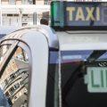 """El taxi andaluz ve """"excesivo"""" el plazo de 45 días para que la Junta les entregue un borrador"""