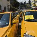 Ecuador exige la salida de Uber