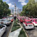 Taxistas mexicanos toman las calles para protestar contra Uber y Cabify