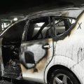 Arde un taxi en la bolsa de espera de la T4 del aeropuerto de Madrid
