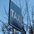 Roban en un bar de Ourense y piden dos taxis para llevarse las cosas