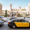 Élite Taxi Barcelona inicia una campaña para fotografiar y denunciar las invasiones del carril bus-taxi